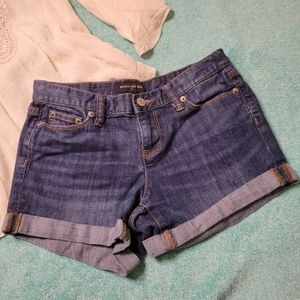 Banana Republic cuffed Shorts Size 0